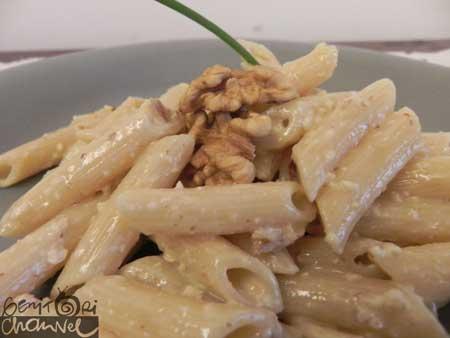pasta con salsa alle noci - Panna Da Cucina Senza Glutine
