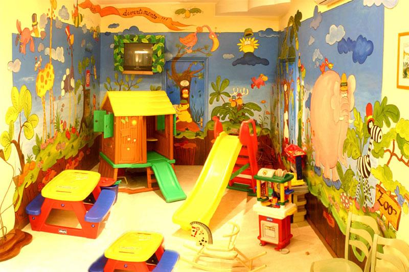 Sala Giochi Per Bambini : Stanza giochi per bambini con lettere per bambini decorazioni da